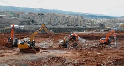 قرار إسرائيلي بهدم تجمع بدوي يقطن فيه 190 فلسطينياً شرق القدس