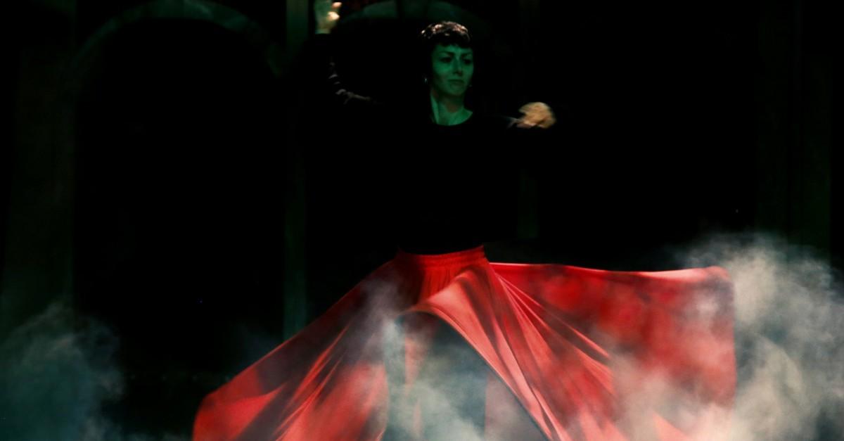 The theater play u201cUyanu201d (u201cWake Upu201d) is an adaptation from Rumiu2019s u201cMasnavi.u201d