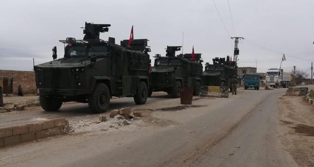 الجيش التركي يقصف مواقع إرهابيي ي ب ك في تل رفعت بسوريا