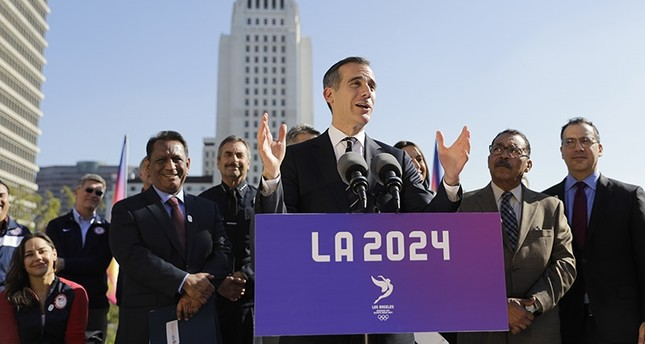 In this Jan. 25, 2017, file photo, Los Angeles Mayor Eric Garcetti, center, speaks during a news conference in Los Angeles. (AP Photo)