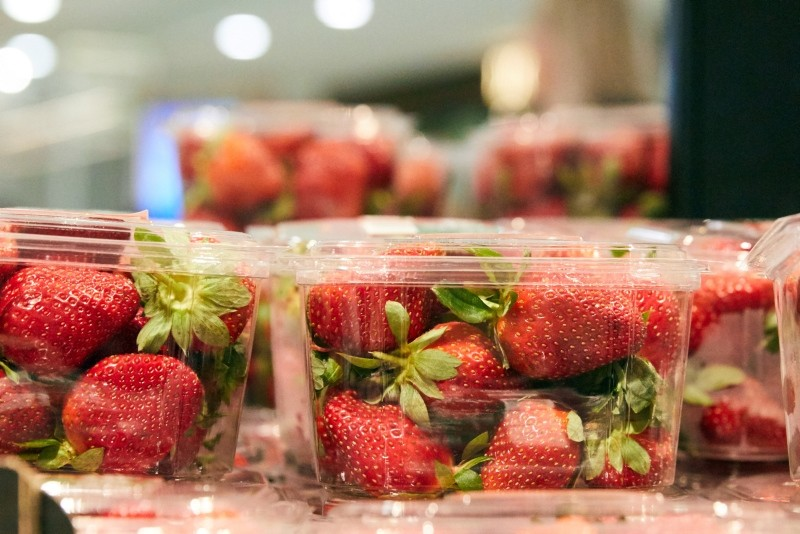Strawberry punnets are seen at a supermarket in Sydney, Australia, September 13, 2018. (EPA Photo)