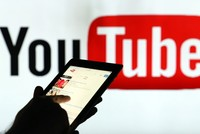 Google apologizes after adverts appear alongside extremist videos on Youtube