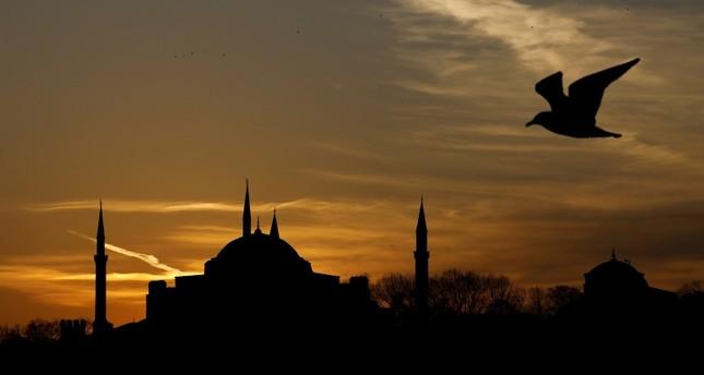 أردوغان يجدد تعهده بإعادة متحف آياصوفيا مسجداً كما كان