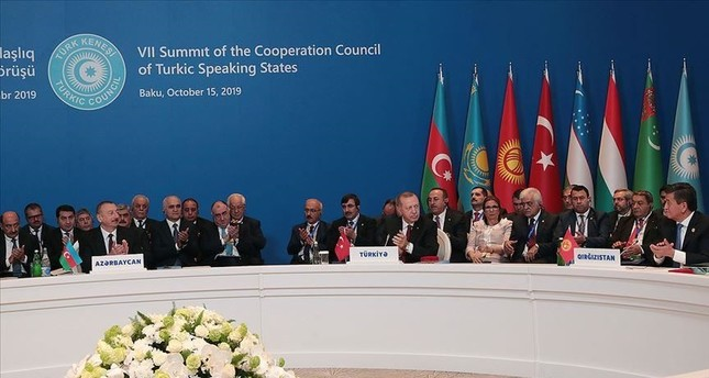 President Recep Tayyip Erdoğan with world leaders during the summit of the Cooperation Council of Turkic Speaking States in Baku, Azerbaijan, Oct. 15, 2019.