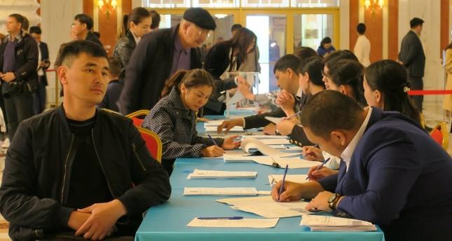 توكاييف يفوز برئاسة كازاخستان وتركيا ترحب بالمشاركة الكثيفة في الانتخابات