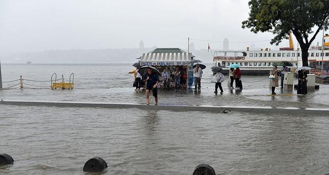 Heavy rain causes flooding in Üsküdar district, Istanbul, Turkey.