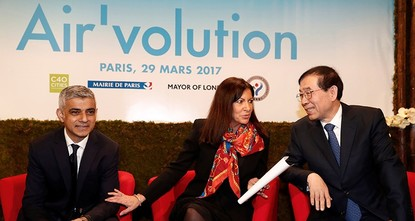 pThe mayors of Paris, London and Seoul on Wednesday launched an initiative to rate the most polluting vehicles in a bid to keep them off the roads of their cities./p  pThe aim of the Air'volution...