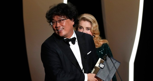 Korean director Bong Joon-ho wins Cannes' top prize