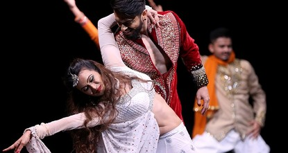 Bollywood's dazzling dancers come to Istanbul's stage