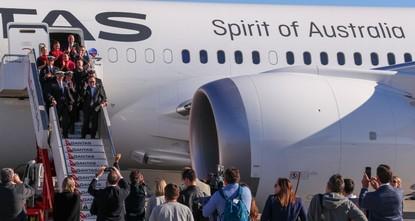 Qantas completes longest non-stop commercial flight