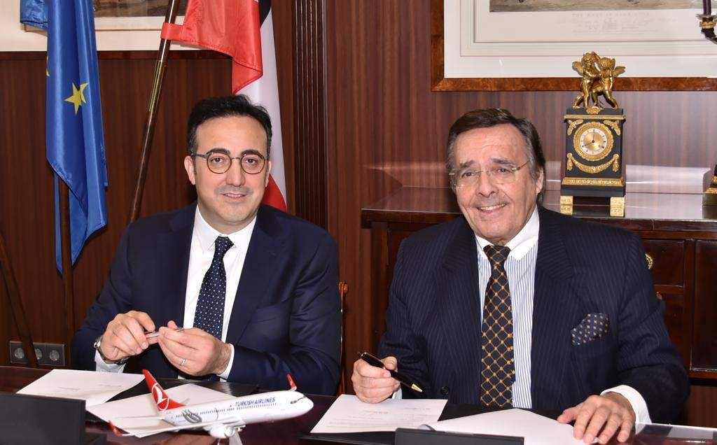Turkish Airlines Chairman u0130lker Aycu0131 (L) and BVMW  President Mario Ohoven signed a declaration of intent for a strategic partnership, Feb. 18, 2019.