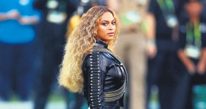 Beyonce leads South Africa charity festival for Mandela