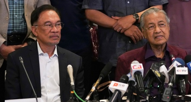 Image result for Malaysian PM Mahathir Mohamad resigns from the office