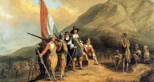 هولندا.. تاريخ طويل في استعباد الأفارقة ونهب ثرواتهم