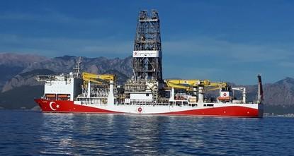 تركيا تبدأ التنقيب عن النفط والغاز في المياه الضحلة بالبحر المتوسط