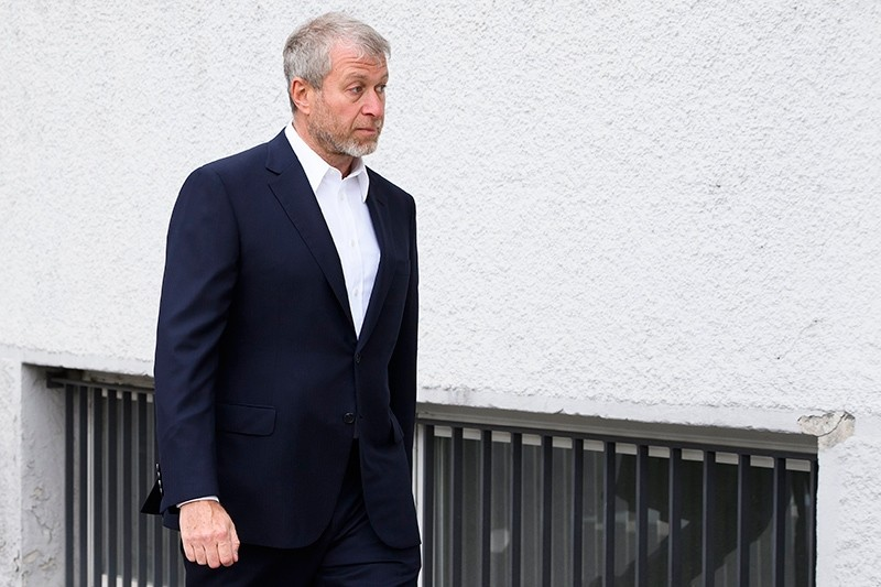 Russian oligarch Roman Abramovich arrives at the District Court of Sarine in Freiburg, Switzerland, May 2, 2018. (EPA Photo)