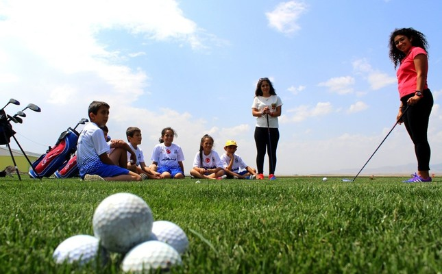 Hole-in-one: Turkey's Erzurum launches training program for future golfers