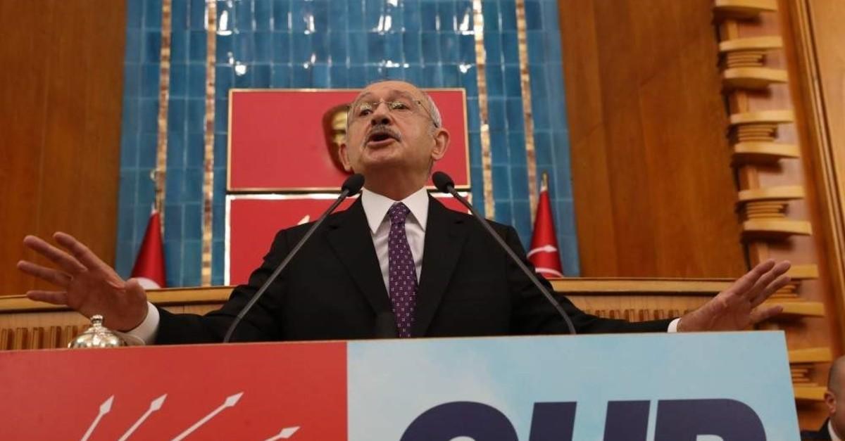 CHP Chairman Kemal Ku0131lu0131u00e7darou011flu addresses party members at a parliamentary group meeting on Feb. 4, 2020. (Sabah Photo)