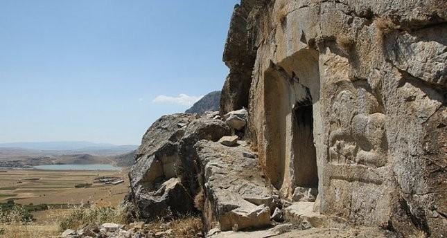 اكتشاف قصر صيفي يعود إلى ألفي عام جنوب تركيا