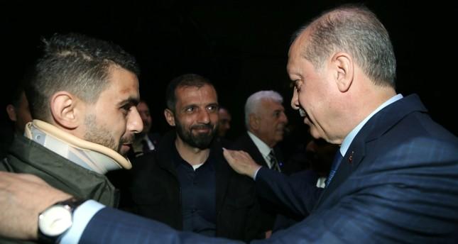 Erdoğan receives victim of Dutch police brutality