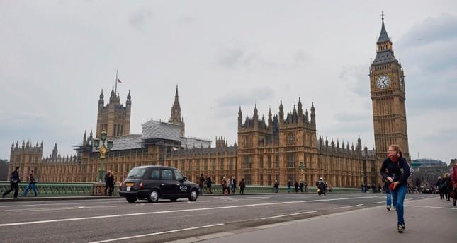 المخابرات البريطانية: عناصر على علاقة بإيران خزنوا أطنانا من المتفجرات في لندن