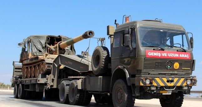 تركيا ترسل تعزيزات عسكرية جديدة إلى الحدود مع سوريا