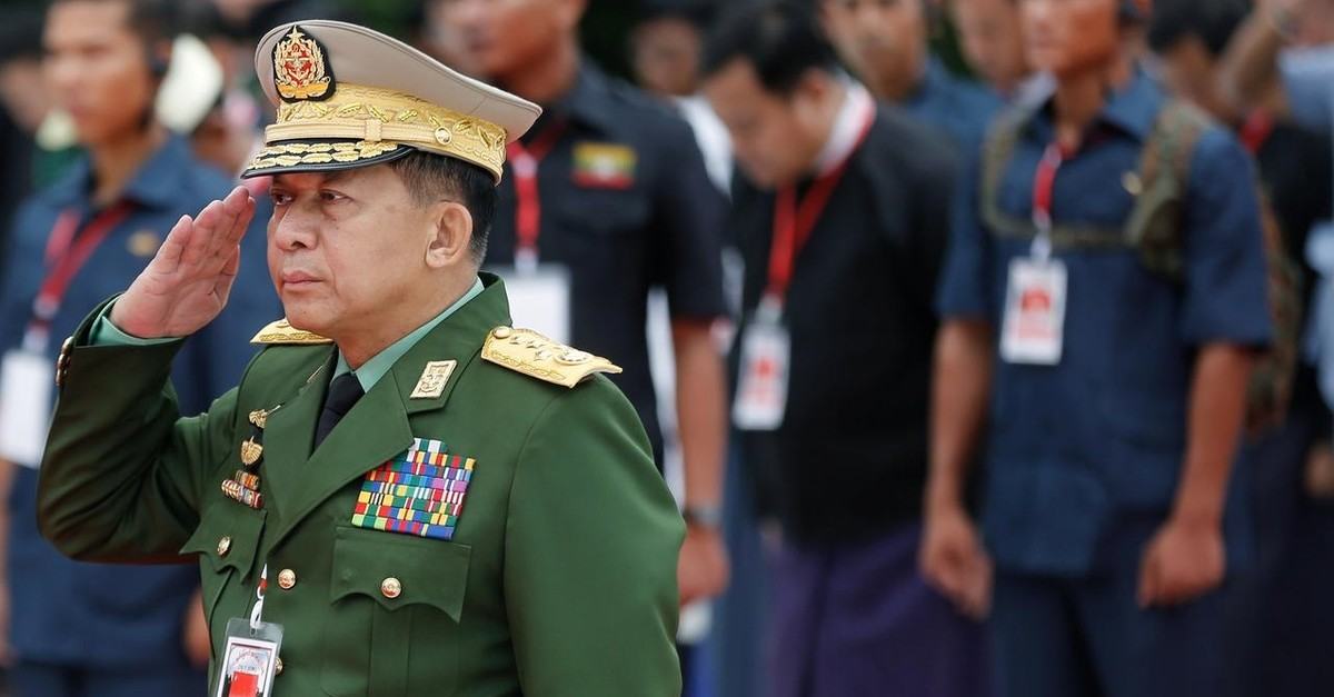 Myanmar's Commander in Chief Senior General Min Aung Hlaing salutes as he attends an event marking Martyrs' Day at Martyrs' Mausoleum in Yangon, Myanmar July 19, 2018. (Reuters Photo)