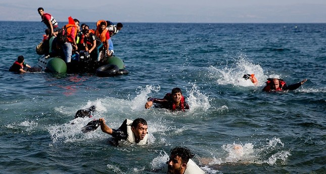 قاضي انقلابي تركي يتسلل إلى اليونان مع لاجئين سوريين