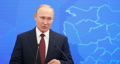 Putin approves laws against fake news