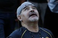 Maradona seeks rebirth in Mexican club