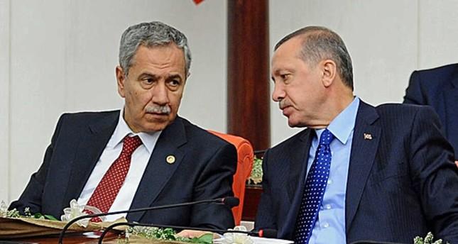 أردوغان يقبل استقالة أرينتش من المجلس الاستشاري بالرئاسة