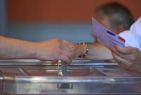 Einen Monat nach der Präsidentschaftswahl sind die Franzosen zur Wahl einer neuen Nationalversammlung aufgerufen. In der ersten Runde der Parlamentswahl am Sonntag steuert der sozialliberale...