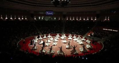 Thousands flood Turkey's Konya to honor Rumi