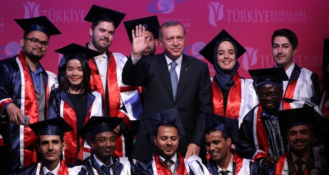 135ألف طالب أجنبي تقدموا للمنح الدراسية بتركيا خلال 2018