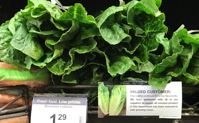 Romaine lettuce accompanied by an indication that it has been 'sourced in safe growing areas' is displayed at a super market in Los Angeles, California, USA, 04 May 2018 (EPA Photo)