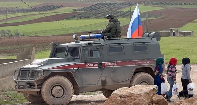 الجيش الروسي يبدأ تسيير دوريات في محيط منبج شمالي سوريا