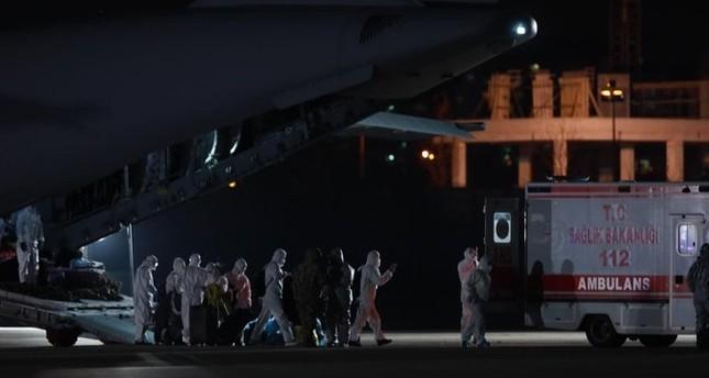 وزير الصحة التركي يعلن خلو من تم إجلاؤهم من الصين من كورونا