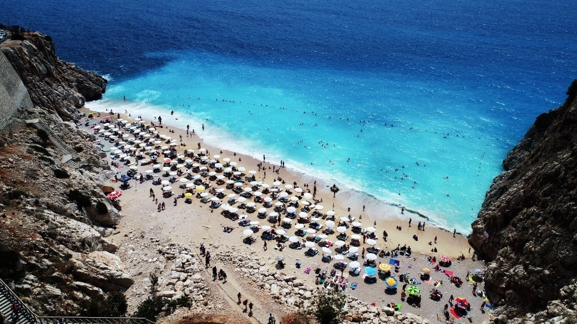 Turkey has welcomed around 2.3 million German tourists from January to July this year u2013 a 20 percent year-on-year increase.