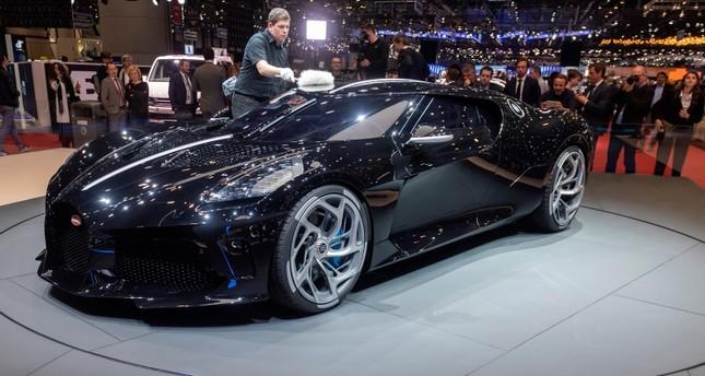 Bugatti S La Voiture Noire Sells For 19 Million In World Record