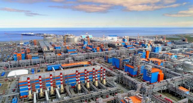 المجموعة الروسية نوفاتيك تعلن إطلاق مشروع ضخم للغاز في القطب الشمالي