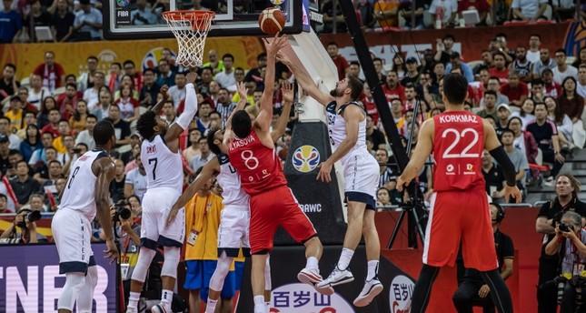 في مباراة تاريخية.. المنتخب التركي يخسر أمام نظيره الأمريكي في كأس العالم لكرة السلة