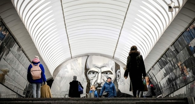 Commuters walk at Dostoyevskaya metro station in Moscow, on Nov. 28, 2018. (AFP Photo)