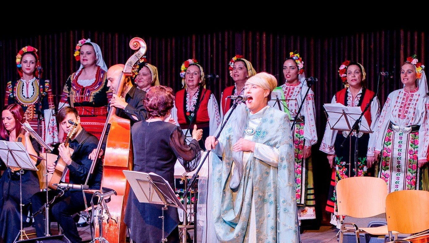 Australian-born singer Lisa Gerrard performs with Bulgaria's Grammy-winning folk choir ,The Mystery of the Bulgarian Voices, during a concert in Varna on June 12.