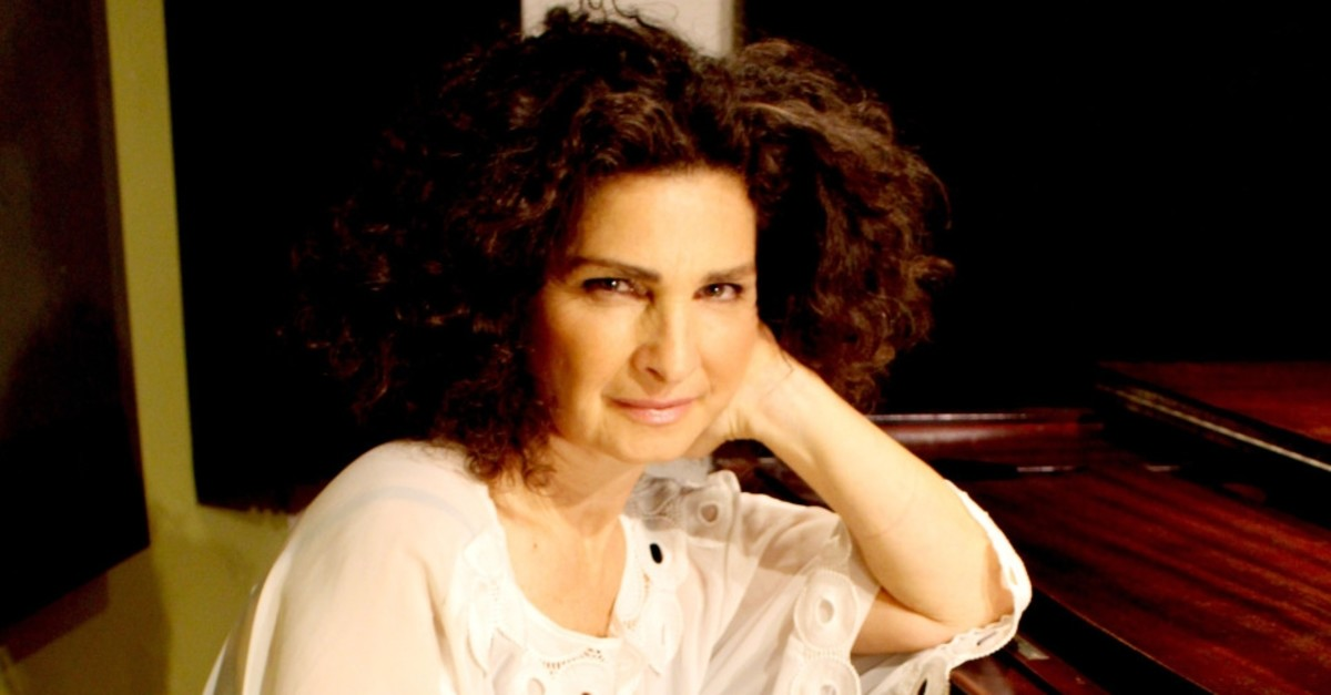 Israeli pianist Odelia Sever will play the piano and sing at her concert in Istanbul.