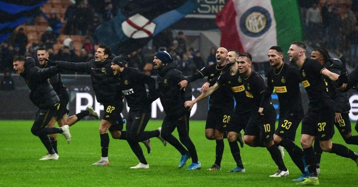 Inter Milan players celebrate at the end of the Serie A match between Inter Milan and SPAL, Milan, Dec.1, 2019. (AFP Photo)