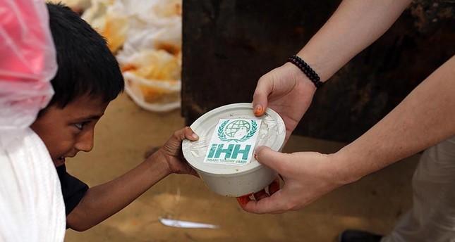 Turkish NGO delivers aid to 350,000 Rohingya