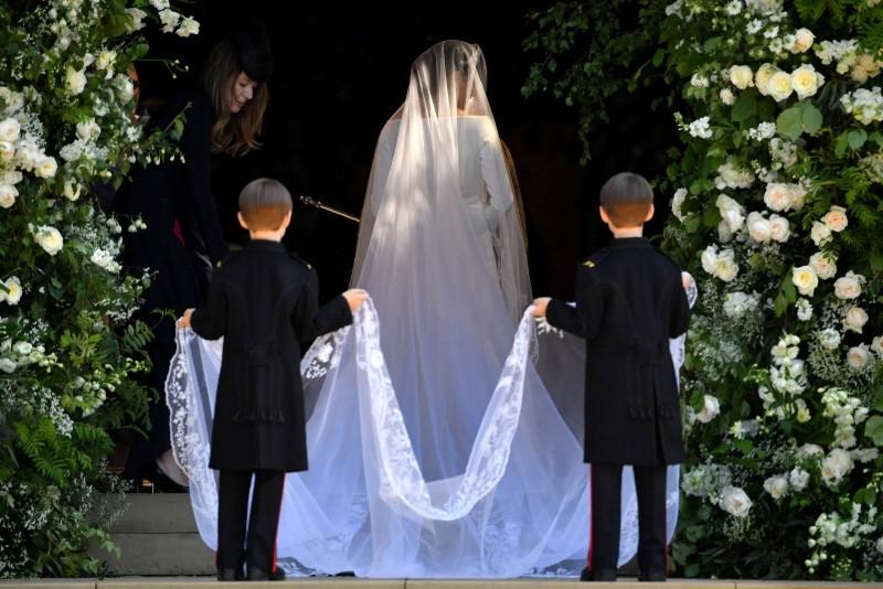 Prince Harry, Meghan Markle wed in Windsor as millions watch