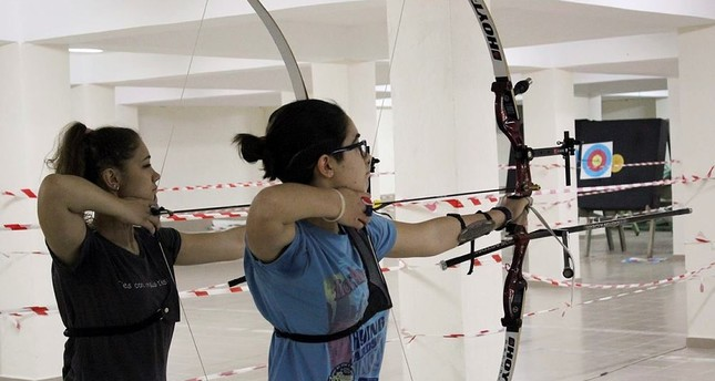 Aspiring archers hitting bull's-eye in central Turkish city