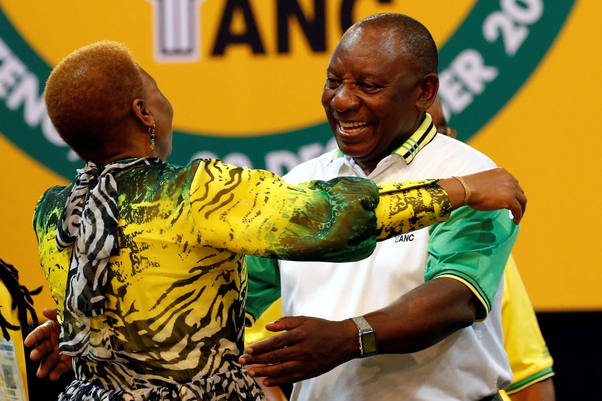 Deputy president of South Africa Cyril Ramaphosa greets an ANC member during the 54th National Conference of the ruling African National Congress (ANC) at the Nasrec Expo Centre in Johannesburg, South Africa December 18, 2017. (REUTERS Photo)