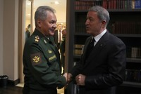 Turkish, Russian defense ministers discuss Idlib, Tal Rifaat